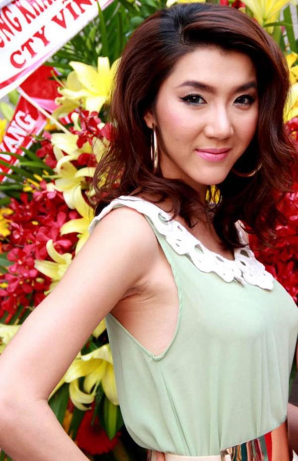 Điểm danh một loạt lỗi phẫu thuật thẩm mỹ dễ thấy của sao Việt 2